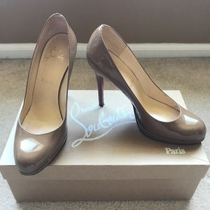 Christian Louboutin Nude New Simple Pumps Sz 38